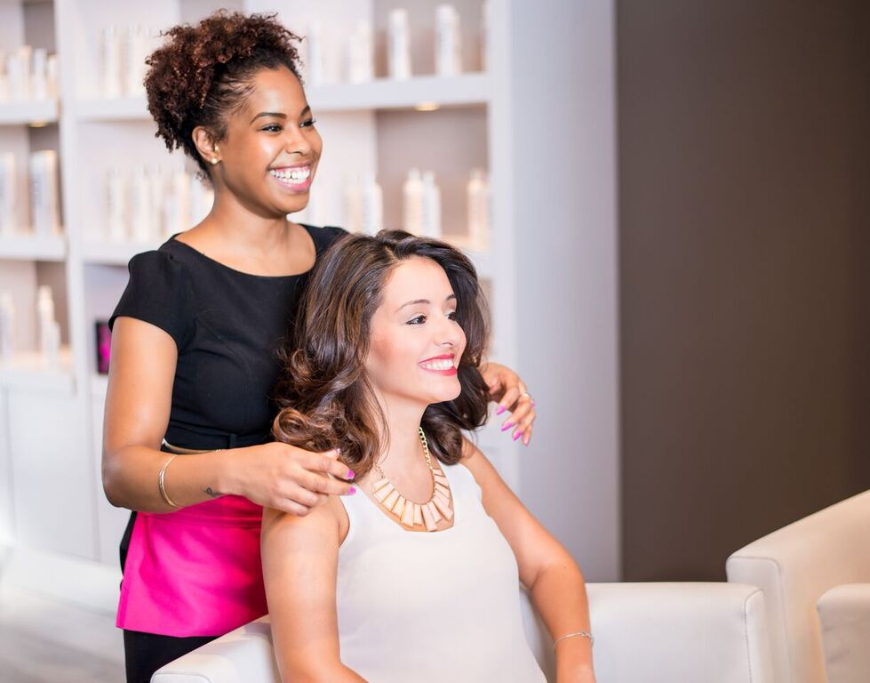 blo blow dry bar franchise information